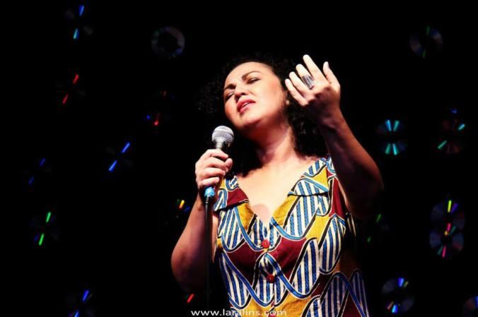 Ana Paula Albuquerque - Escola Baiana de Canto Popular